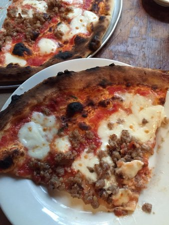 Emporio : Right out of the pizza oven