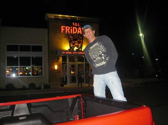 TGI Fridays I-drive Bar
