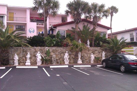 Tropical Manor: quelques uns des 11 bâtiments