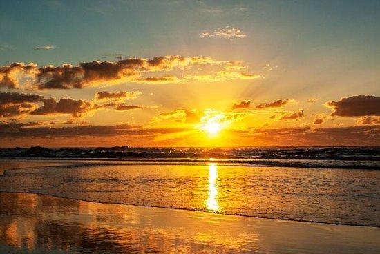 Eurong Beach Resort: Sunrise on the beach