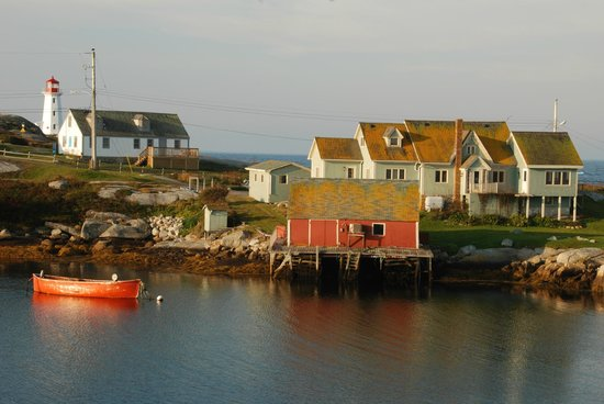 Peggy's Cove Bed & Breakfast: Morning view from deck off of our room