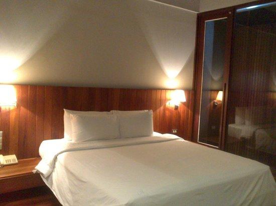 لوكس آت سيلوم: Luxx Silom - Bed