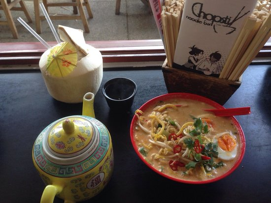 Chopstix Noodle Bar: Ninja laksa, chopstix blend green tea, coconut panda