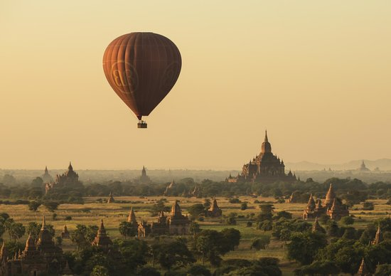‪Balloons over Bagan‬