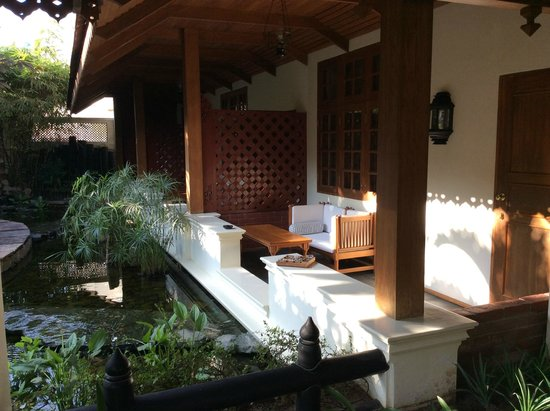 Hotel by the Red Canal, Mandalay : chin suites