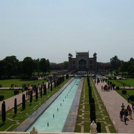 Amin Tours Day Tours: Mosque at Taj Mahal
