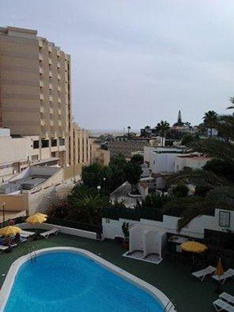 Apartamentos Las Dunas : Utsikt från balkongen