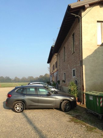 Ai Due Taxodi: Parte del parcheggio