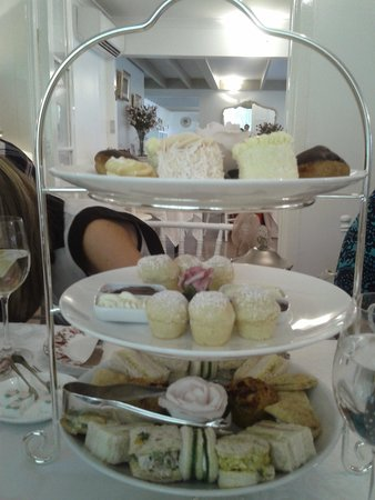 Tea & Niceties: high tea