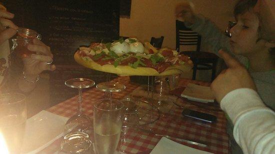 Le Napoli: Très bien bien l accueil la diversité des plats. Très bon