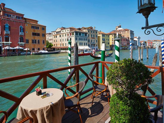 canal grande pier bild fr n hotel canal grande venedig tripadvisor. Black Bedroom Furniture Sets. Home Design Ideas