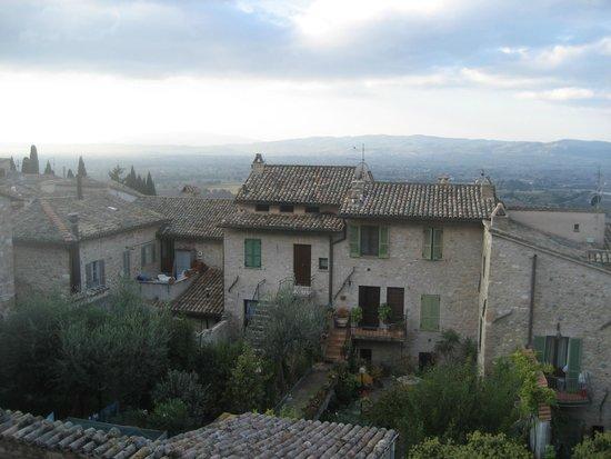Hotel Ancajani: Blick über die Straße