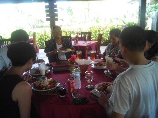 Dilang Bali Tour: Lunch