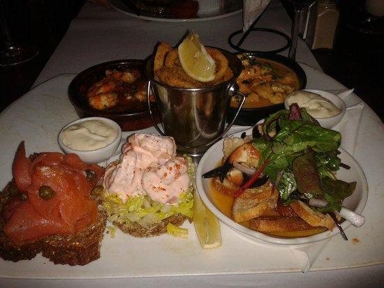 Jackie's Bar Resturant: Seafood platter