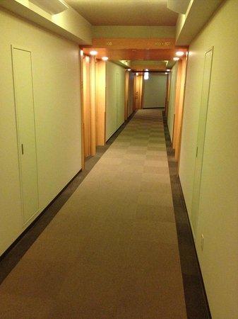 Hotel Rocore Naha: Accommodation floor hallway 3F.