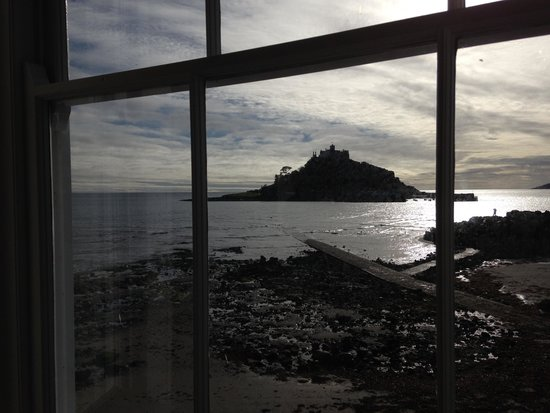 Godolphin Arms: View of the Mount from the dining room