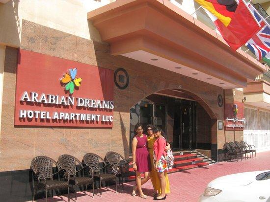 Arabian Dreams Hotel Apartments: outside hotel