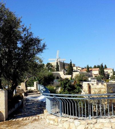 Mishkenot Sha'ananim Guest house: виды на Старый город