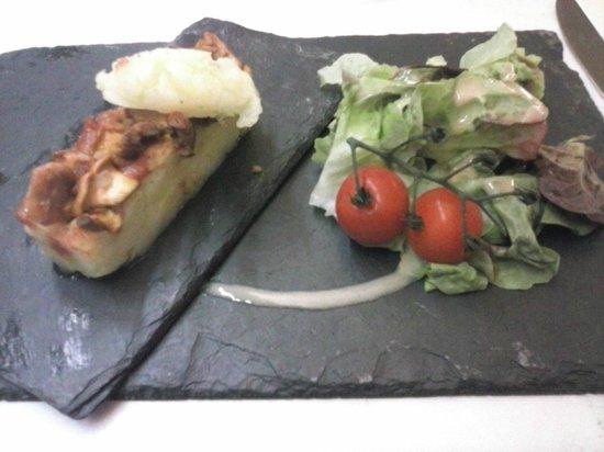 Restaurant Les Grenettes : entrée de girolles