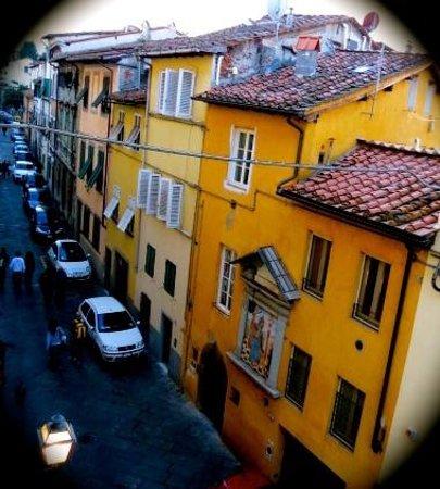 Museo di Arte Contemporanea Lu.C.C.A. - Lucca Center of Contemporary Art : Looking out on Via del Fratta