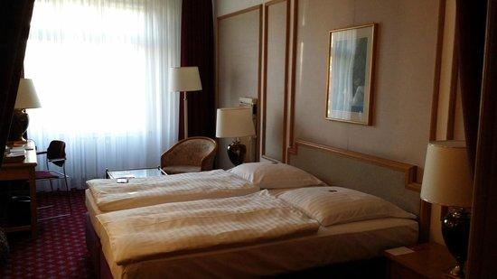 Savoy Hotel Berlin: Zimmer 414