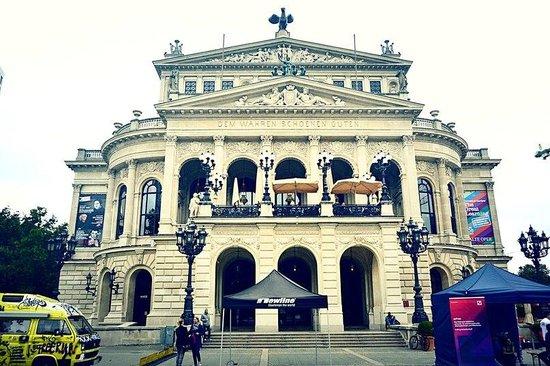 法蘭克福歌劇院
