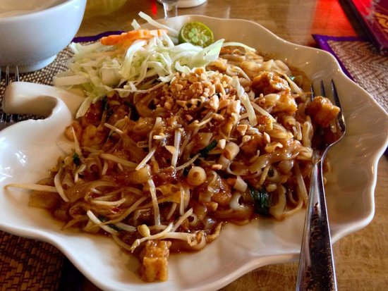 Krua Thai: Look at that, it's the Yummy Pad Thai that I'm talking about. 😋
