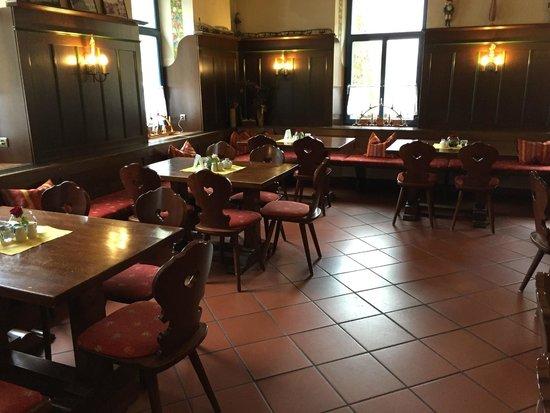Hotel Erbgericht Buntes Haus: Gaststube