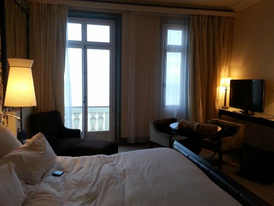 notre chambre vue sur mer foto di le grand hotel cabourg mgallery collection cabourg. Black Bedroom Furniture Sets. Home Design Ideas