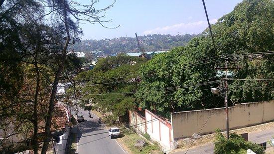 Aashiaanaa Residency Inn: view of jetty from balcony