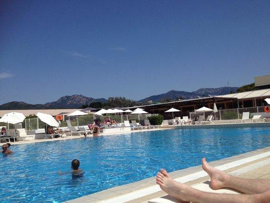 Innodation photo de club marmara grand bleu calcatoggio for Club piscine shawi sud