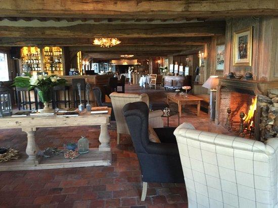 La Ferme Saint Simeon - Relais et Chateaux: salle à manger