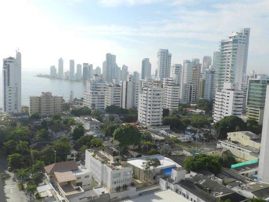 Hampton by Hilton Cartagena: Vista desde la recepción