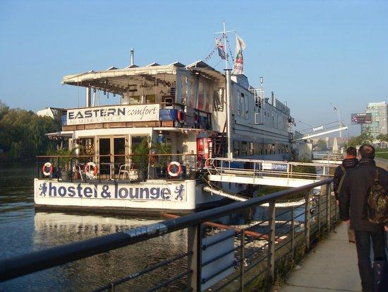 Eastern Comfort Hostelboat: l' hotel