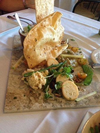 Table 16 Restaurant: Hummus platter with assorted naan and breads