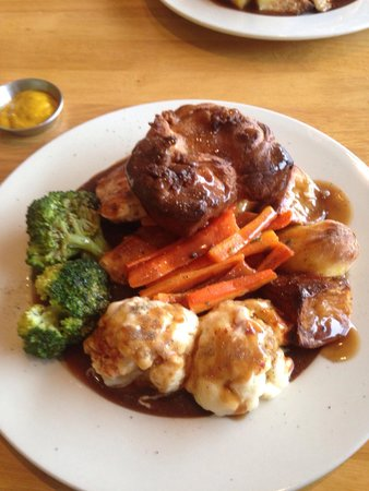 Harrisons Bistro: Great Sunday Lunch at  Harrison's Bistro