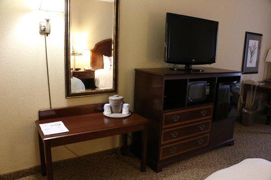 Hampton Inn Vicksburg: Room amenities