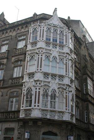 Casco Vello Vigo: Elaborate facades