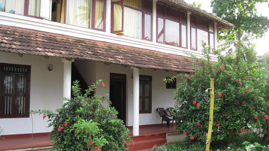 Sreekrishna Ayurveda Centre : The main building.  Our room was the right half of the upper floor.