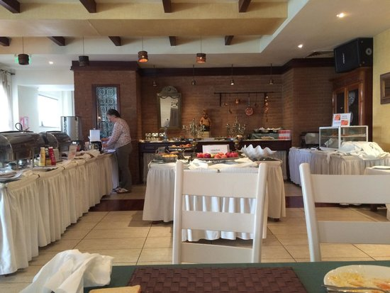 Cleopatra Hotel : The breakfast buffet