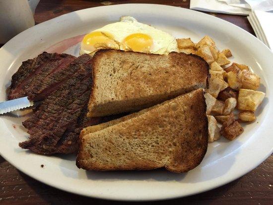 158 Main Restaurant & Bakery: Steak and eggs on Sunday brunch.