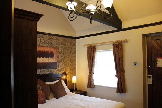 The Huntsman of Brockenhurst : Room