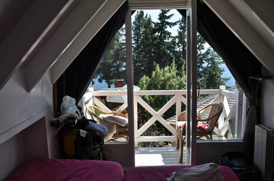 Green House Hostel Bariloche: a private in the top floor