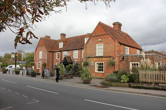 The Huntsman of Brockenhurst : Pub