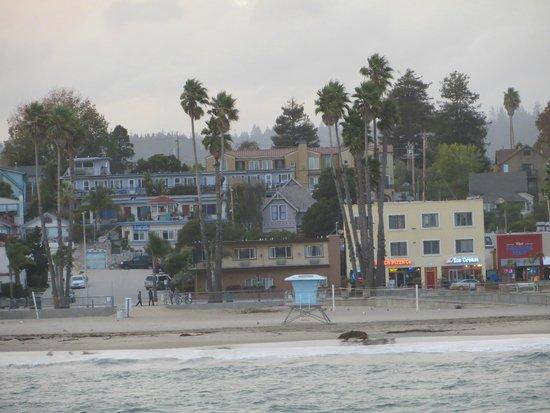 Coastview Inn: the neighborhood