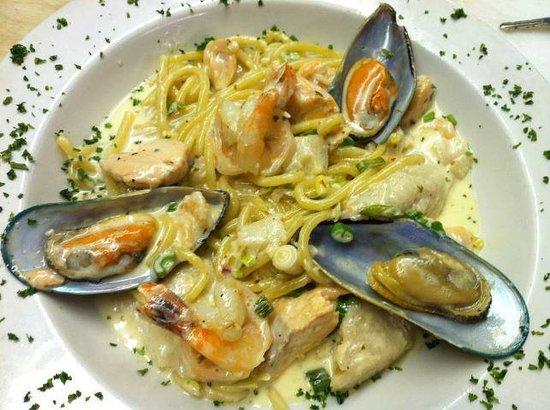 Fradelizio's Ristorante: Sea food Pasta Dish -all fresh Ffsh and hand made lemon Pasta