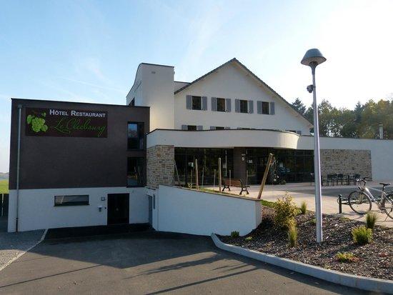 Terrasse avec vue panoramique illumin e et chauff e for Hotel avec restaurant