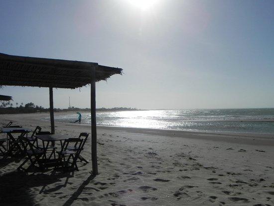 Vila Itaqui: Barraca do hotel na praia