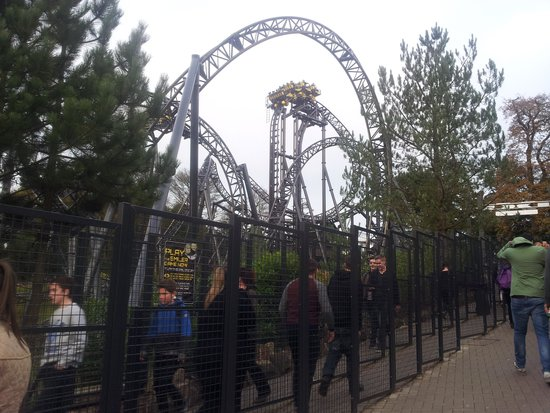 Alton, UK: The Smiler
