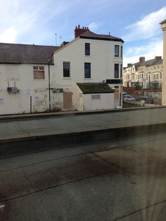 Windsor Hotel - Whitley Bay: View from room 38